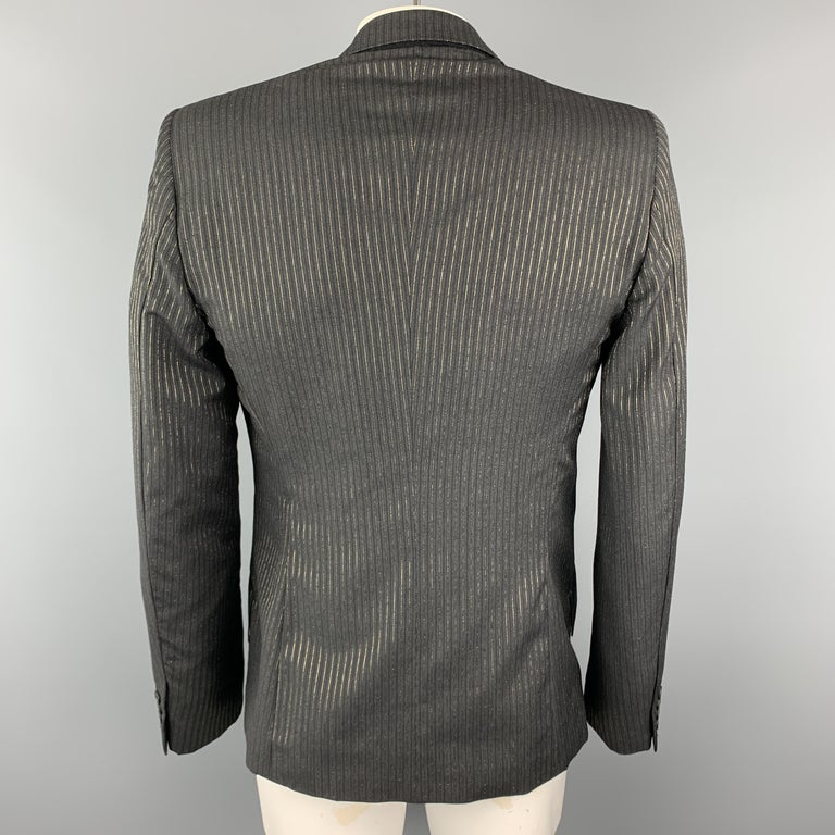 ALEXANDER MCQUEEN Size 44 Charcoal & Gold Striped Shiny Peak Lapel Sport Coat In Excellent Condition For Sale In San Francisco, CA