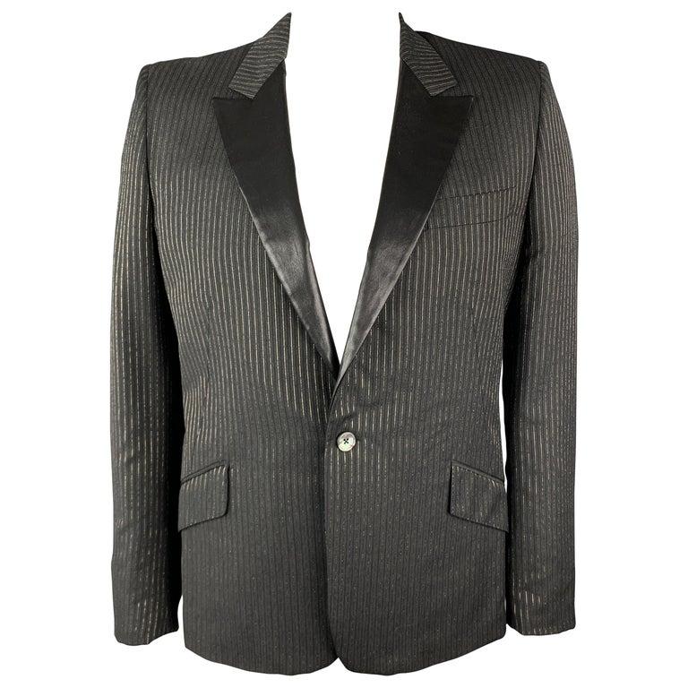 ALEXANDER MCQUEEN Size 44 Charcoal & Gold Striped Shiny Peak Lapel Sport Coat For Sale