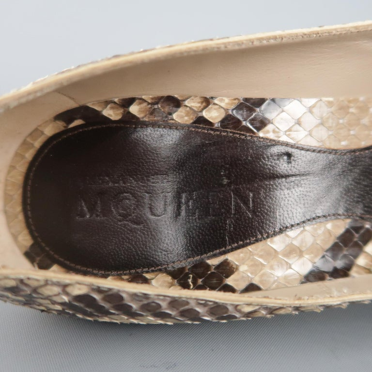 ALEXANDER MCQUEEN Size 6.5 Beige Phython Skin Curved Pointed Pumps For Sale 1