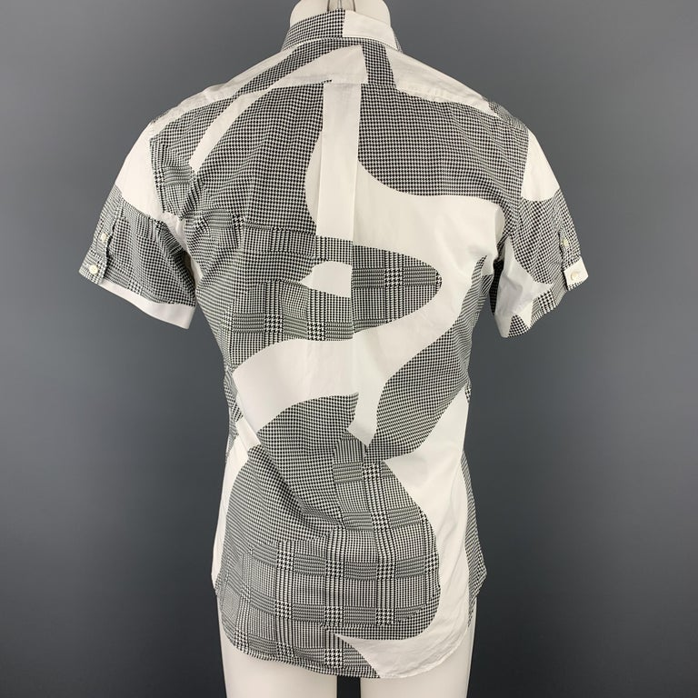 Men's ALEXANDER MCQUEEN S Black & White Graphic Houndstooth Print Short Sleeve Shirt For Sale