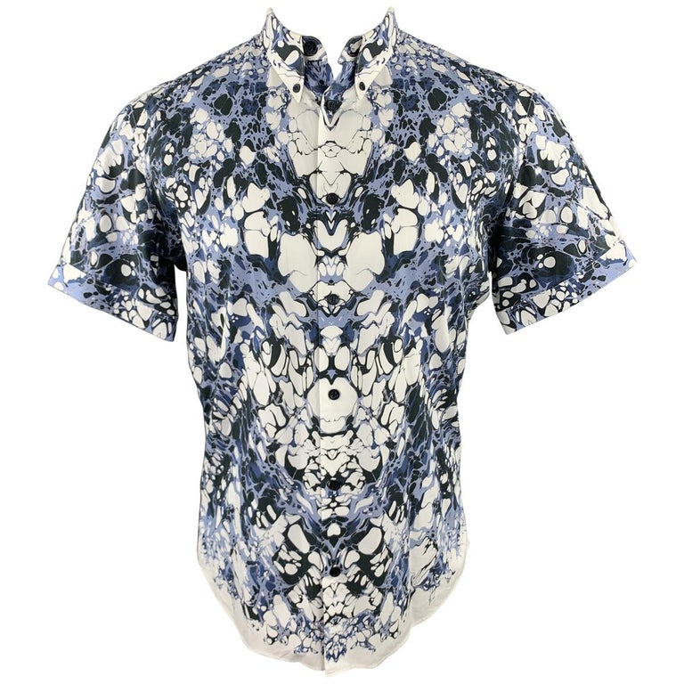 ALEXANDER MCQUEEN Size XS Blue Marble Print Short Sleeve Button Down Shirt For Sale