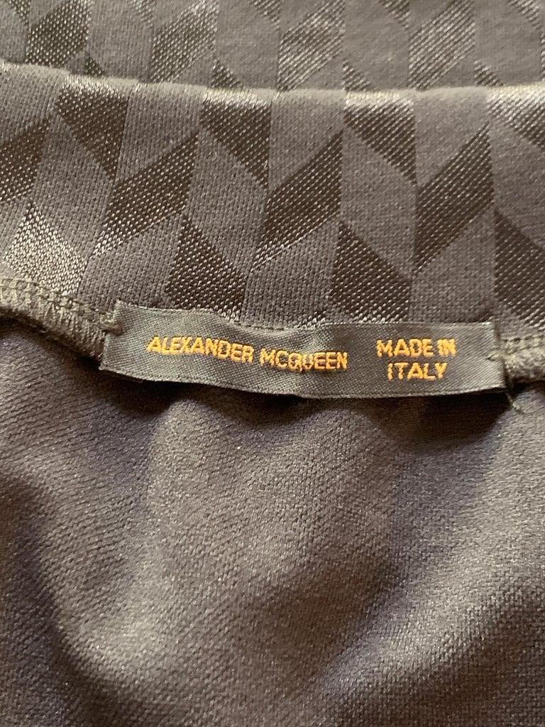 Alexander McQueen Spring 2000 Runway Black Chevron Off the Shoulder Top For Sale 1