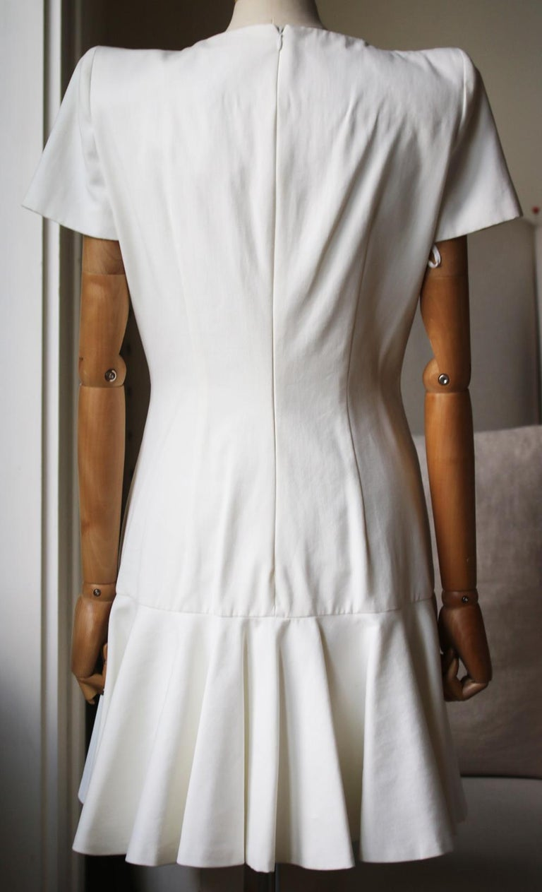 Alexander McQueen Structured-Shoulder Crepe Dress  In New Condition For Sale In London, GB