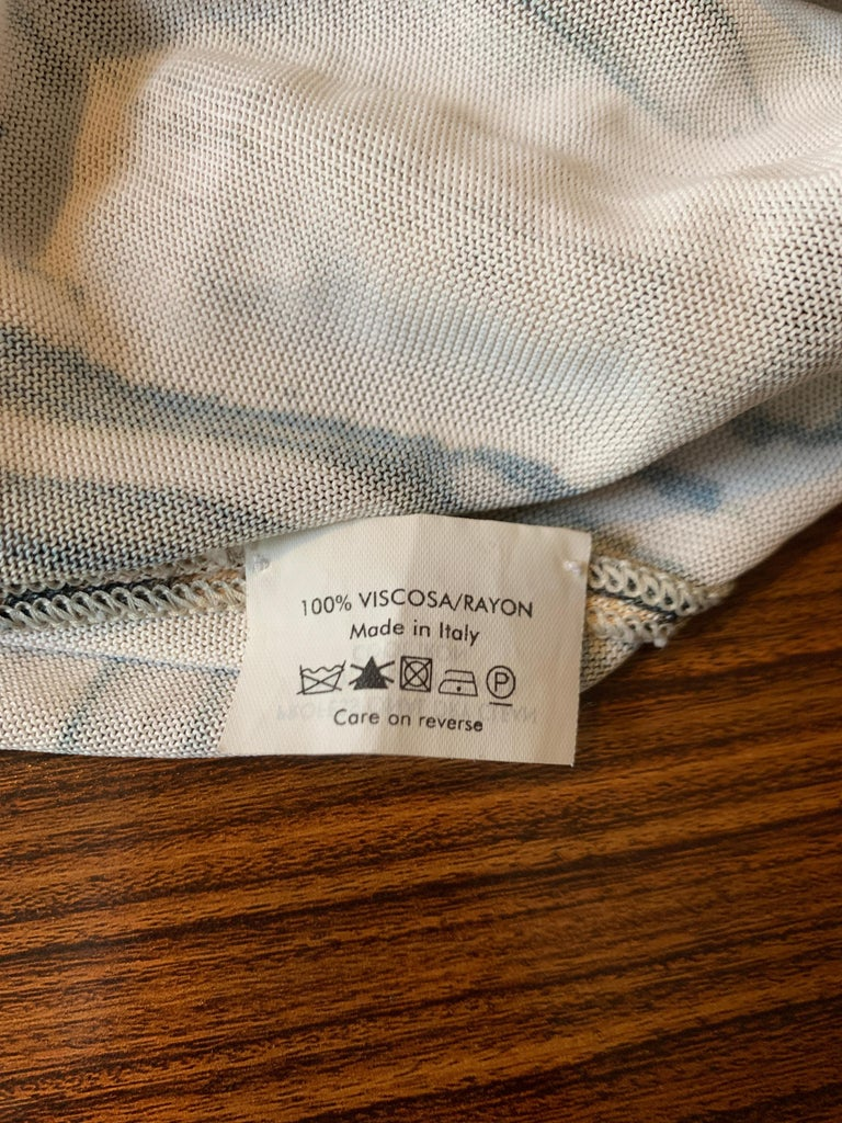 Alexander McQueen Tan Woodgrain Print Knit Asymmetric Drape Dress 2009 For Sale 3