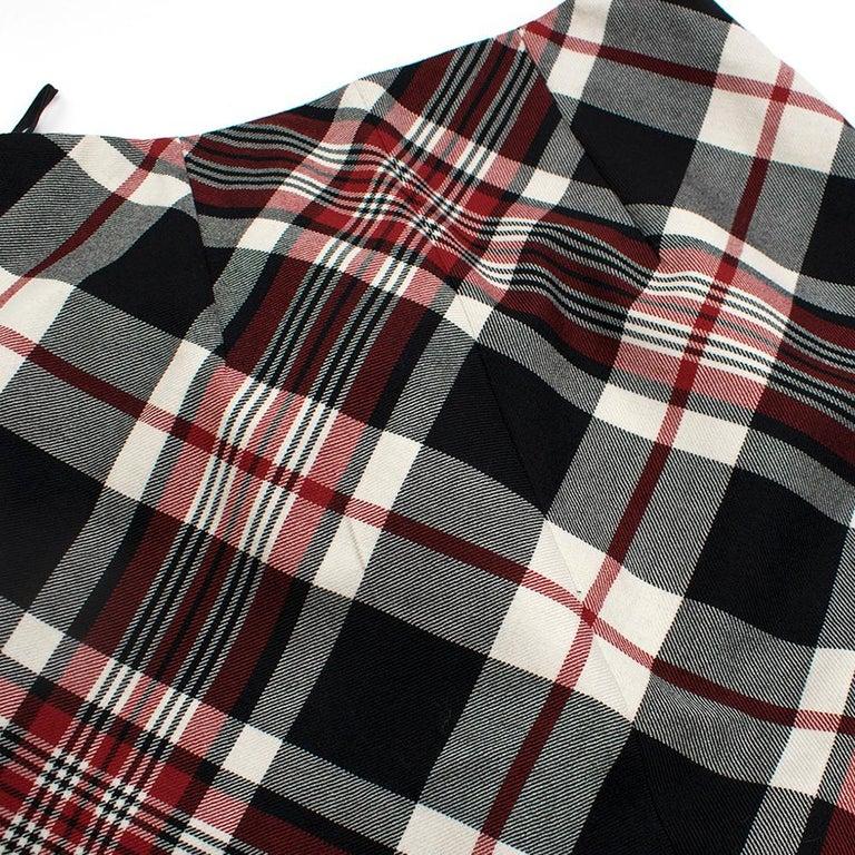 Alexander McQueen Tartan Wool Pencil Skirt Size 40 For Sale 4