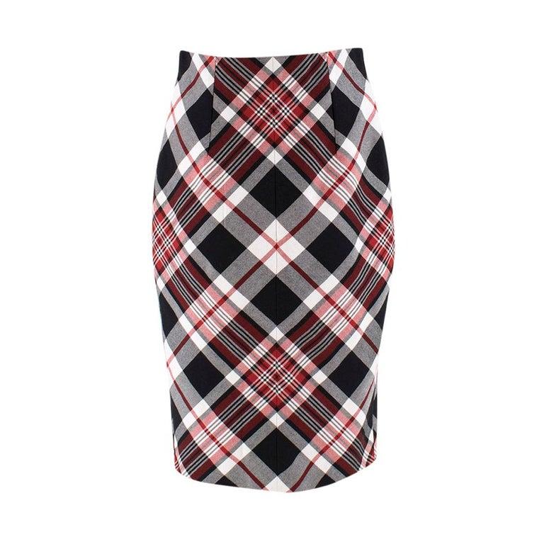 Alexander McQueen Tartan Wool Pencil Skirt Size 40 For Sale