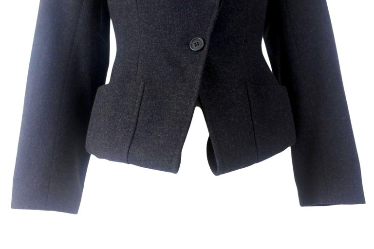 Alexander McQueen Vintage Black Wool and Cashmere Jacket For Sale 3
