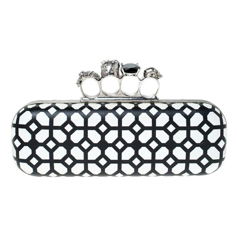 Alexander McQueen White/Black Patent Leather Skull Knuckle Clutch For Sale