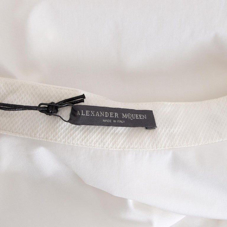 Women's Alexander McQueen white cotton STUD COLLAR TUXEDO Shirt 40 S For Sale