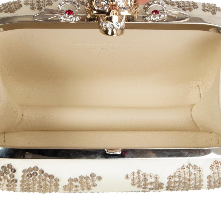 ALEXANDER MCQUEEN white gold SEQUIN CORWN SKULL Box Clutch Bag For Sale 2