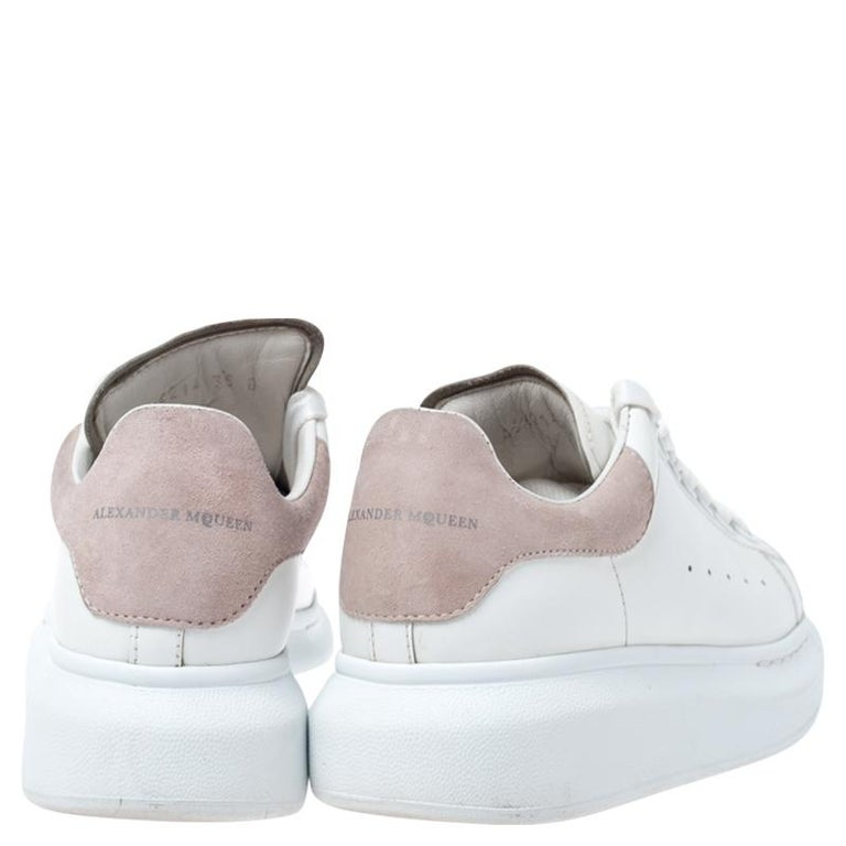 Gray Alexander McQueen White Leather And Beige Suede Platform Sneakers Size 35 For Sale