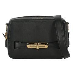 Alexander Mcqueen Woman Shoulder bag  Black Leather