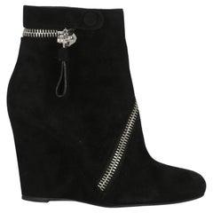 Alexander Mcqueen Women  Ankle boots Black Leather IT 37