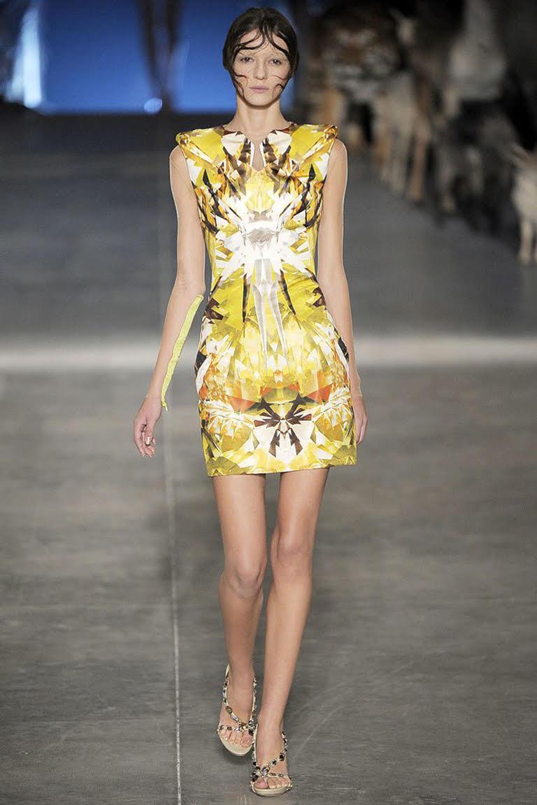 Alexander McQueen, Yellow print dress, Spring/Summer 2009  For Sale 2