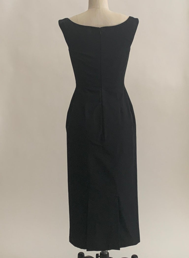 Alexander McQueen 2005 Black Silk Sleeveless Midi Wiggle Dress with Lace Trim For Sale 1