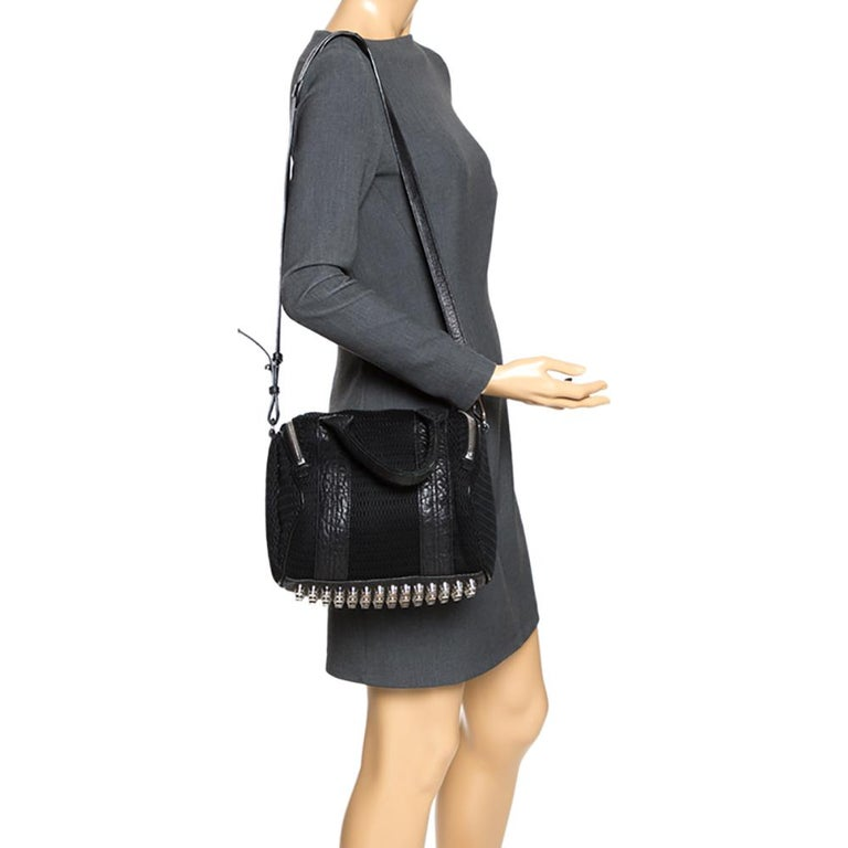 Alexander Wang Black Leather and Fabric Crochet Rocco Bag In Good Condition For Sale In Dubai, Al Qouz 2