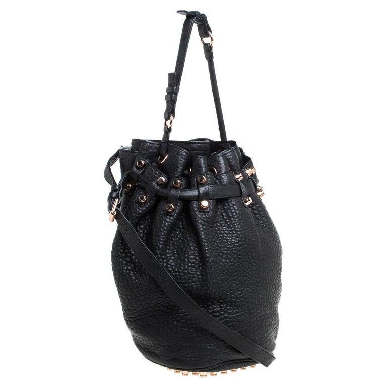 Alexander Wang Black Textured Leather Diego Bucket Bag In Good Condition For Sale In Dubai, Al Qouz 2