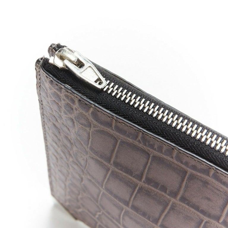ALEXANDER WANG Prisma clutch leather alligator embossed silver hardware wallet In Excellent Condition For Sale In Hong Kong, NT