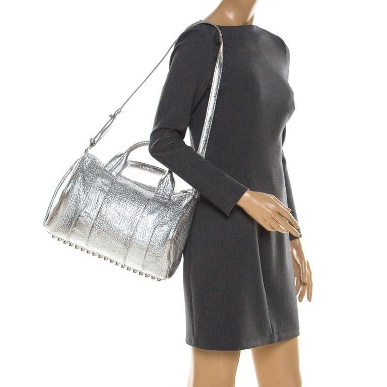 Alexander Wang Silver Pebbled Leather Rocco Duffel Bag In Good Condition In Dubai, Al Qouz 2