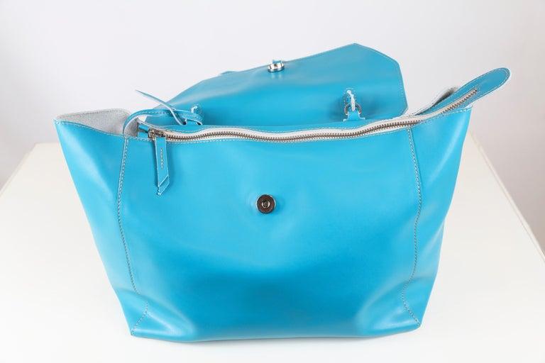 Alexandra DeCurtis Turquoise/Aqua, Leather, Calf Skin Satchel Bag In New Condition For Sale In Bridgehampton, NY