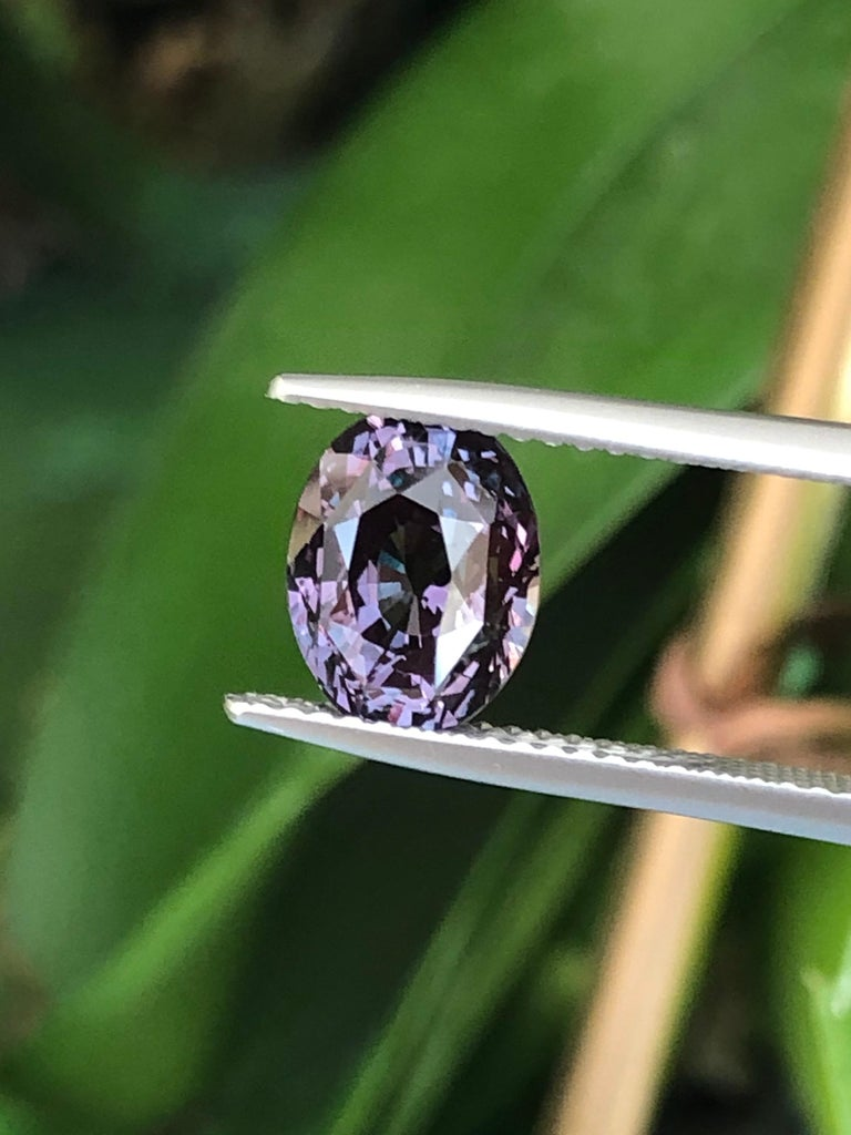 Women's or Men's Alexandrite Ring Gem 3.40 Carat Loose Gemstone For Sale