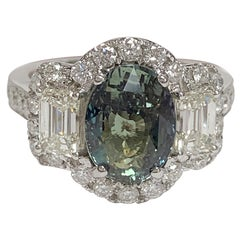 Alexandrite 3.56 Carat and Diamonds Ring