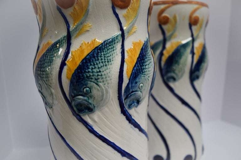 Alf Wallander Pair of Fish Vases In Good Condition For Sale In Bloomfield Hills, MI