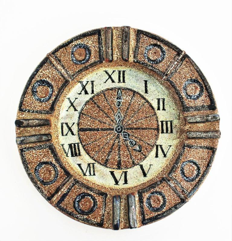Hand-Crafted Alfaraz Spanish Glazed Ceramic Clock Design Round Large Ashtray, 1960s For Sale