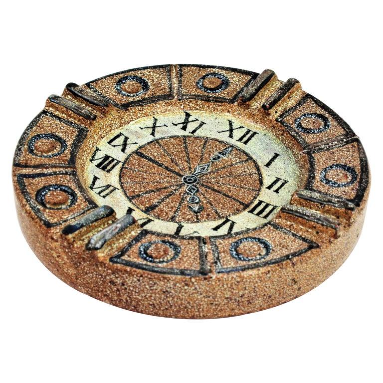 Alfaraz Spanish Glazed Ceramic Clock Design Round Large Ashtray, 1960s For Sale