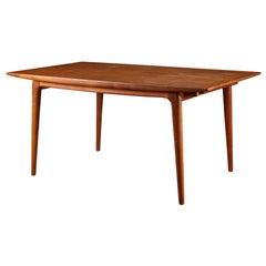 Alfred Christensen Model 371 Boomerang Dining Table in Teak