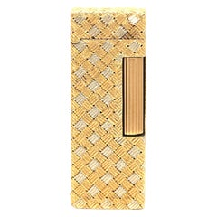 Alfred Dunhill 18 Karat Yellow White Gold Weave Lighter