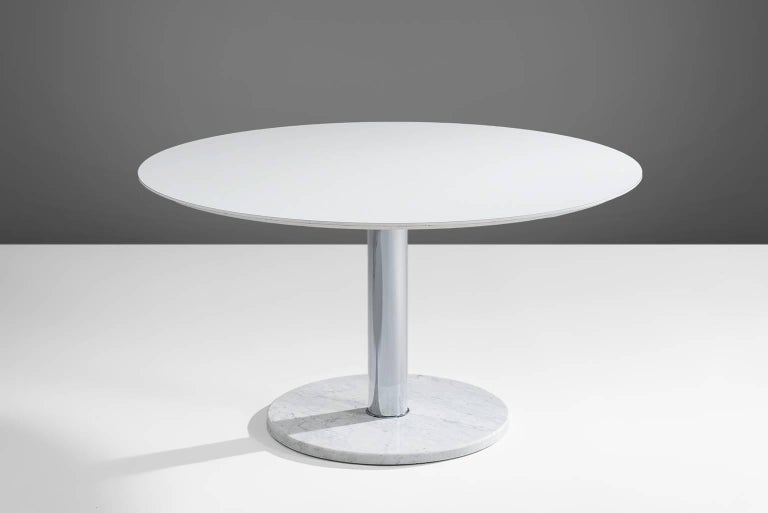 Alfred Hendrickx for Belform, pedestal dining table, Belgium, circa 1960. 