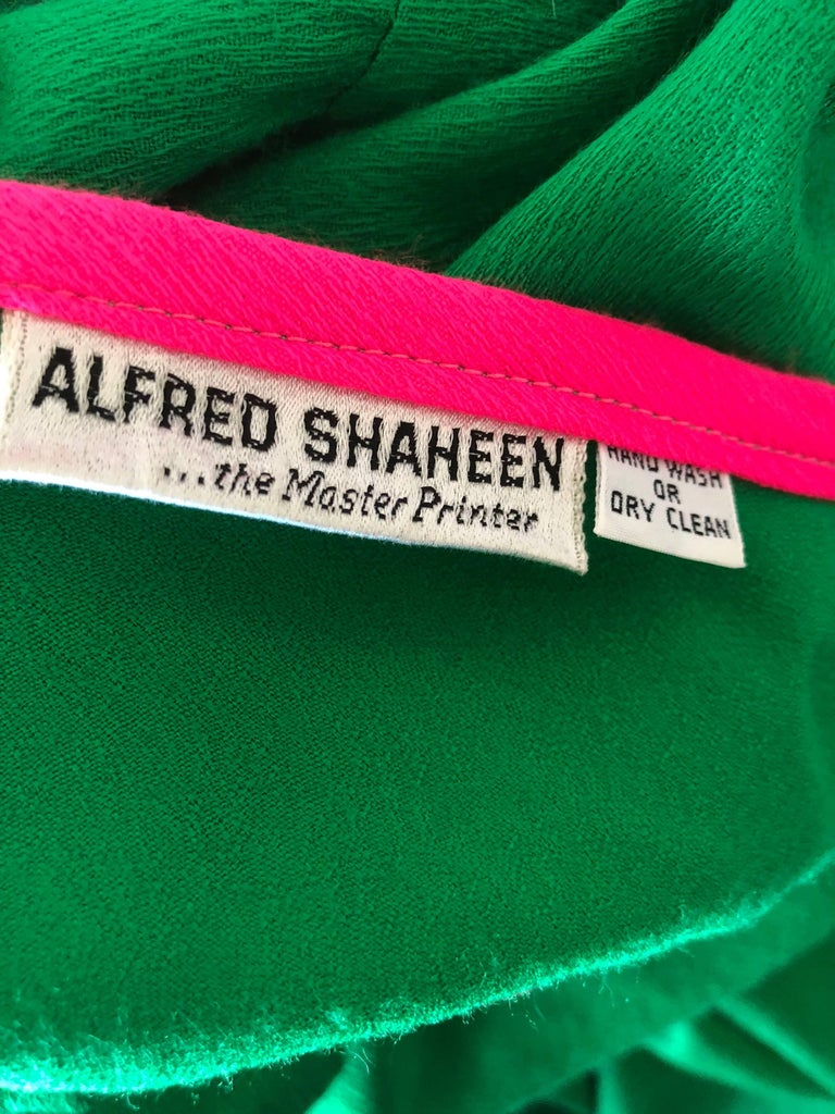 Alfred Shaheen 1960s Large Size Kelly Green + Pink Vintage 60s Palazzo Jumpsuit For Sale 6