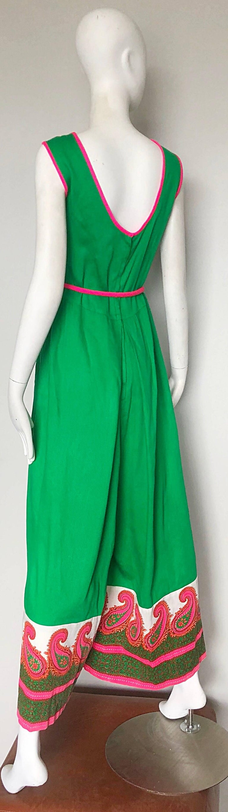 Alfred Shaheen 1960s Large Size Kelly Green + Pink Vintage 60s Palazzo Jumpsuit For Sale 4