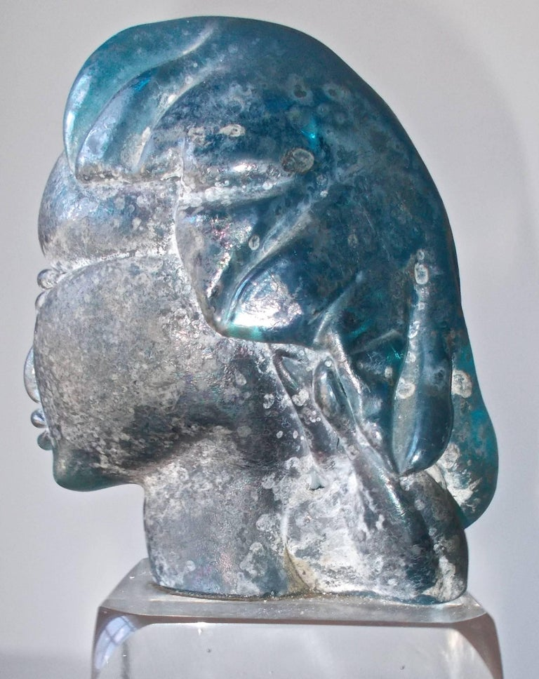 Italian Alfredo Barbini 'Attributed' Iridized Blue Glass Sculpture For Sale
