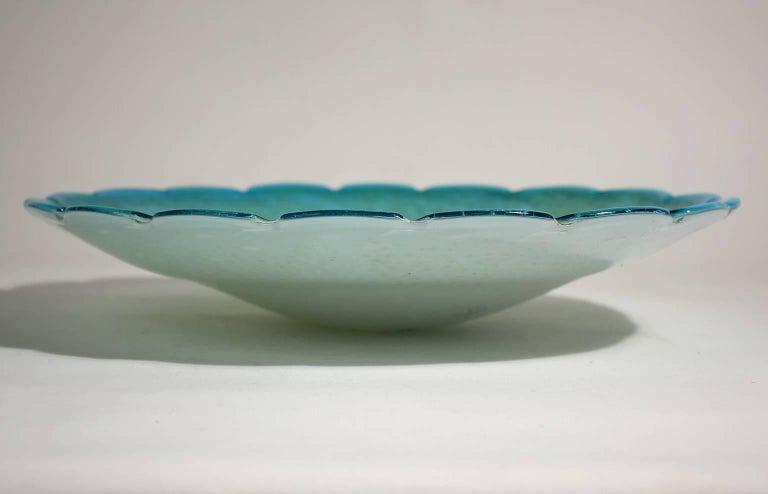 Italian Alfredo Barbini for Murano Art Glass Sky Blue and Gold Centerpiece Dish Bowl For Sale