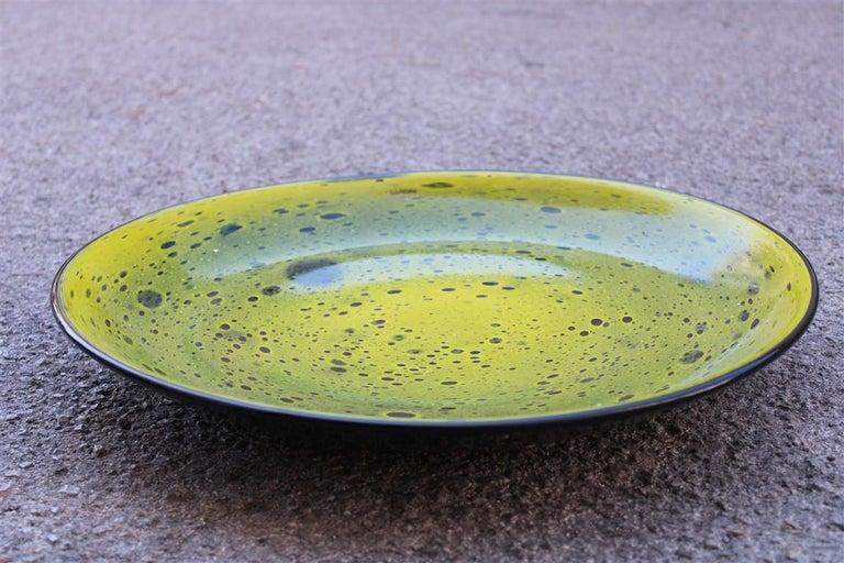 Late 20th Century Alfredo Barbini Great Plate Murano Art Glass Black Corroded Copper Green, 1980 For Sale