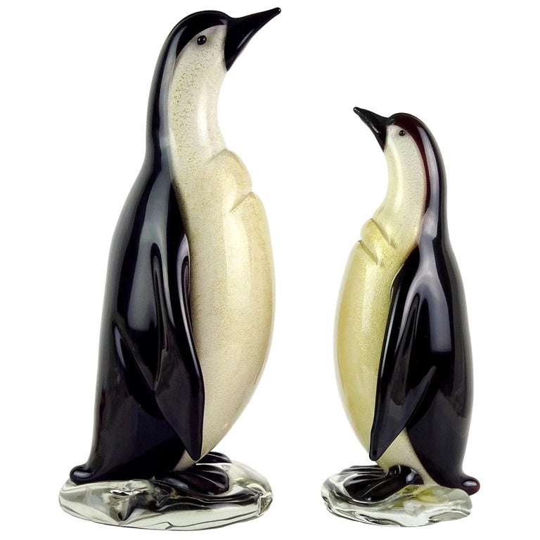 Alfredo Barbini Murano Black Gold Flecks Italian Art Glass Penguin Sculptures For Sale