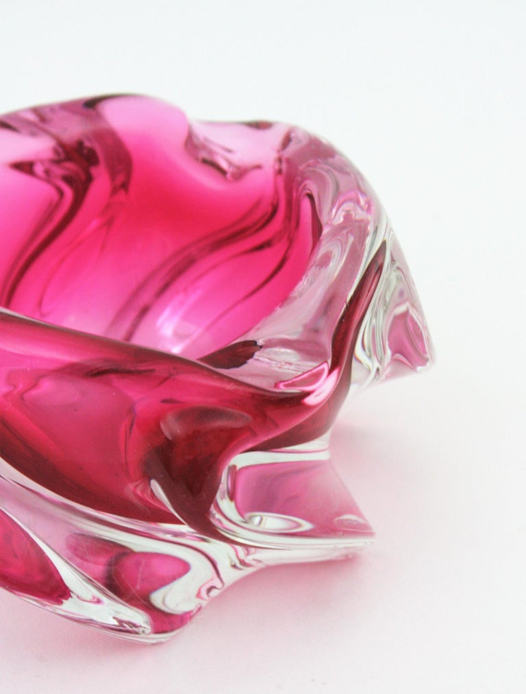 Alfredo Barbini Murano Pink and Clear Sommerso Glass Bowl / Ashtray For Sale 6