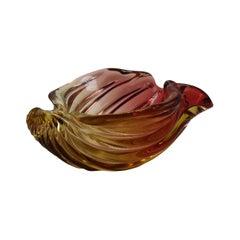 Alfredo Barbini Two-Toned Murano Shell Bowl, circa 1950