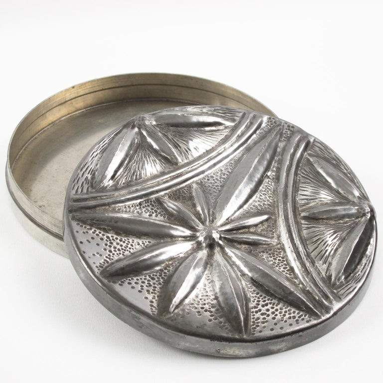 Alice and Eugene Chanal French Art Nouveau Pewter Flat Box In Good Condition For Sale In Atlanta, GA