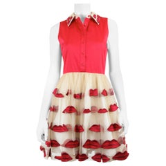 Alice + Olivia Women's Red/Tan Taffeta Short Sleeve Dress with Buttons and Lips
