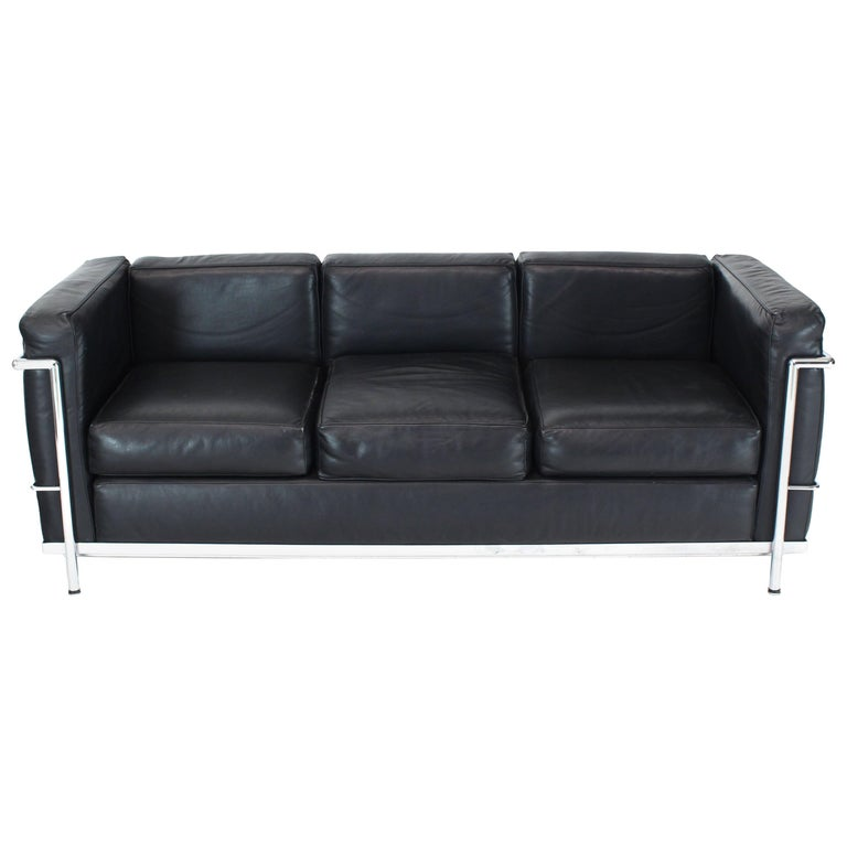 Alivar Le Corbusier Black Leather Three