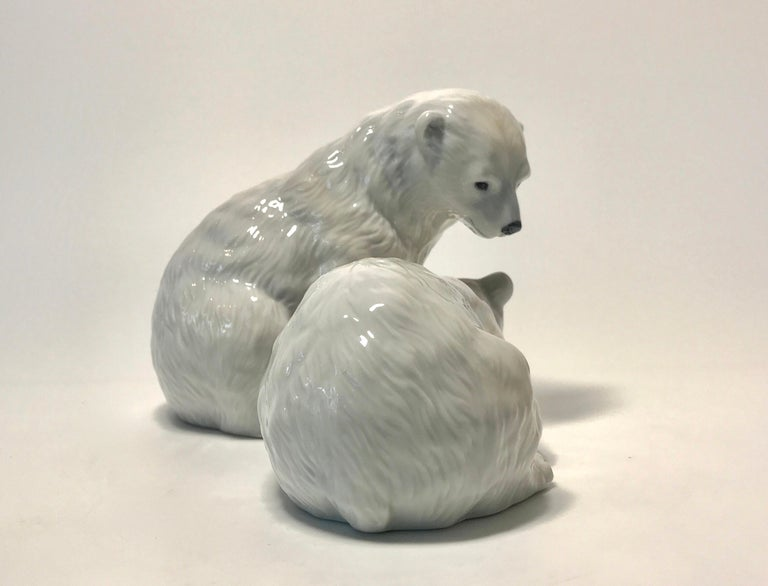 Contemporary Allan Therkelsen Royal Copenhagen Porcelain Twin Polar Bear Cubs Figurine #356 For Sale