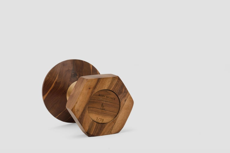 Allen is a walnut and bronze stool or side table designed by Arturo Verástegui for BREUR ESTUDIO. This piece is part of Aruitectura y Ebanistería, BREUR ESTUDIO second collection, in which they collaborated with top architects to achieve exceptional