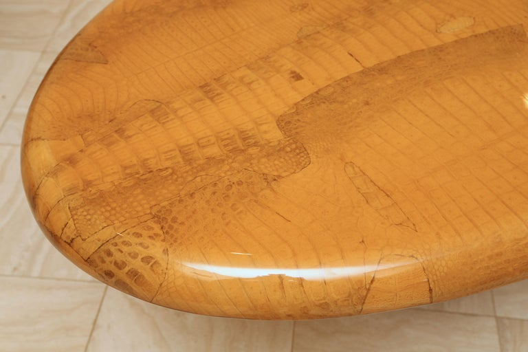 American Alligator and Lacquer Oval Dining Table For Sale