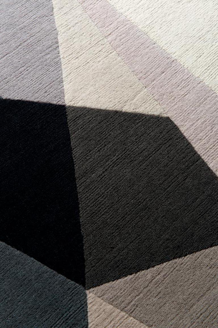 Modern Alma Hand-Knotted 10x8  Rug in Wool by Jaime Gili For Sale