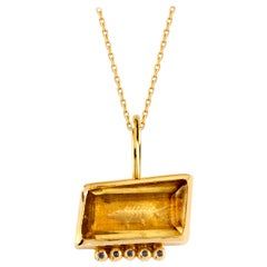 Alpheus Pendant in Citrine, 18 Karat Yellow Gold