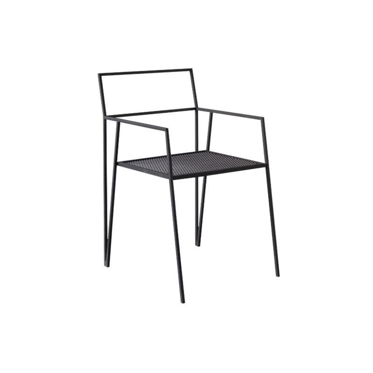 ALPINA Minimalist Steel Chair by Ries In New Condition For Sale In Buesnos Aries, CABA