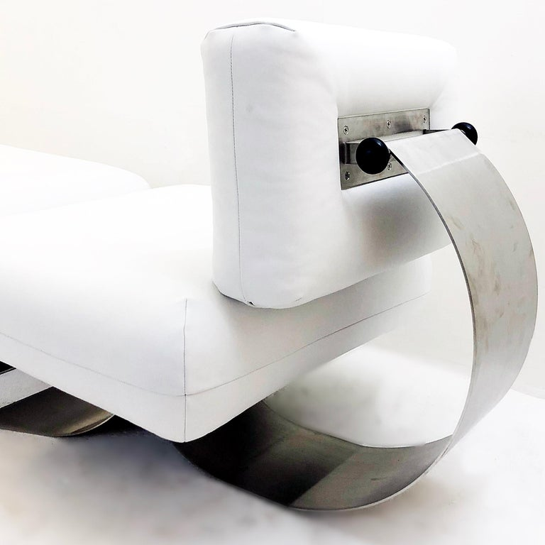 French Alta Chair and Ottoman by Oscar Niemeyer, White Leather For Sale
